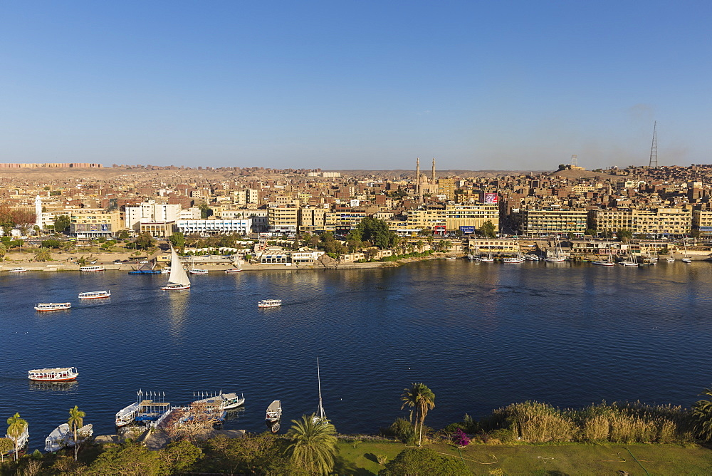 Egypt, Upper Egypt, Aswan, View of Aswan and River Nile - 1104-773