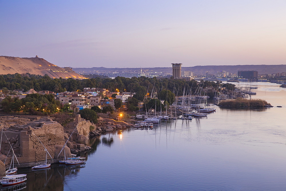 Egypt, Upper Egypt, Aswan, View of Movenpick Resort and River Nile - 1104-790
