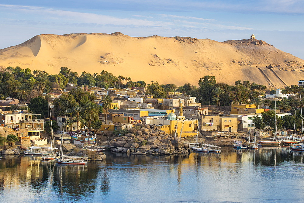 Egypt, Upper Egypt, Aswan, View of The River Nile and Nubian village on Elephantine Island - 1104-798