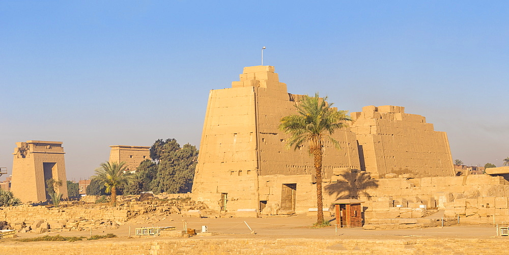 Luxor Temple, UNESCO World Heritage Site, Luxor, Egypt, North Africa, Africa