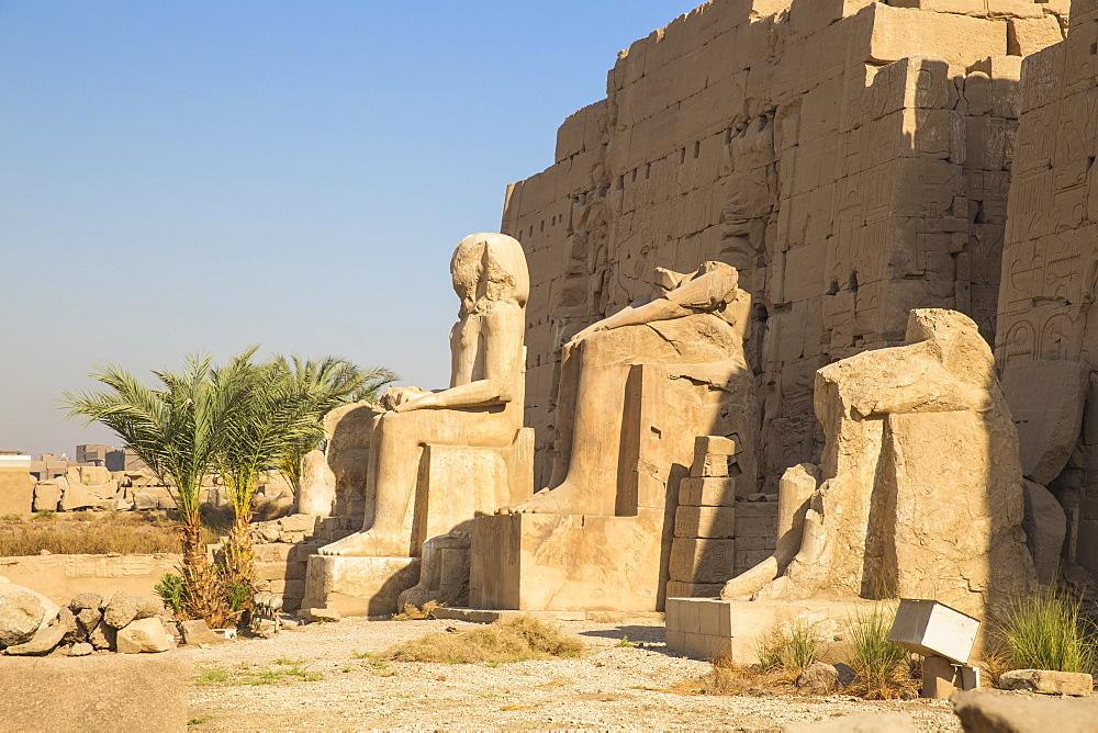 Egypt, Luxor, Karnak Temple - 1104-833