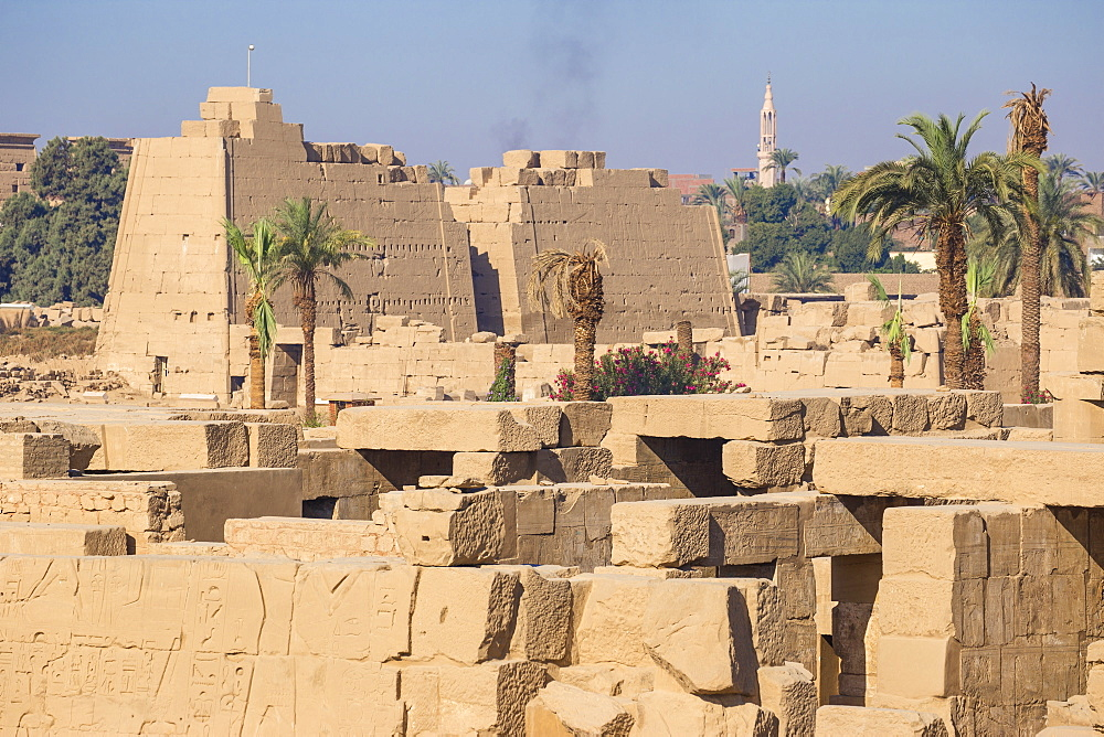 Karnak Temple, UNESCO World Heritage Site, near Luxor, Egypt, North Africa, Africa