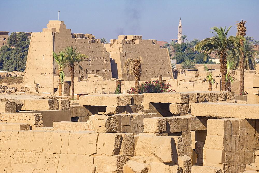 Egypt, Luxor, Karnak Temple - 1104-841