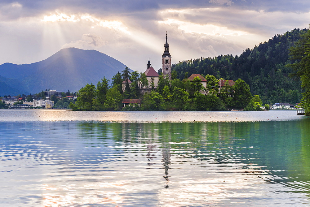 Lake Bled sunrise landscape, showing Lake Bled Church on the Island, Gorenjska Region, Slovenia, Europe