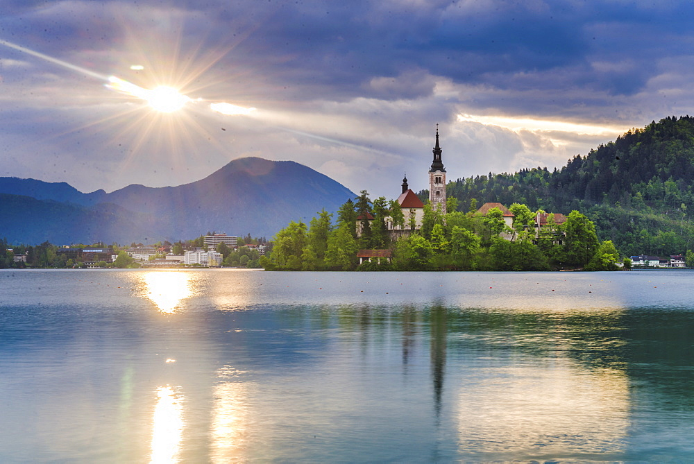 Lake Bled at sunrise with the Church on Lake Bled Island, Gorenjska Region, Slovenia, Europe