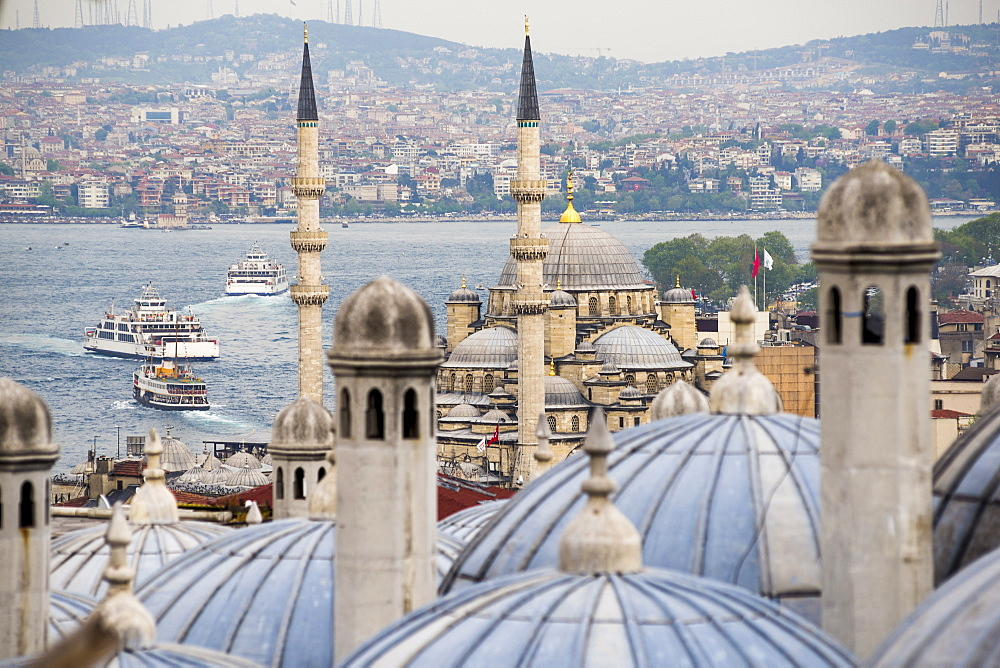 New Mosque (Yeni Cami) seen from Suleymaniye Mosque, Istanbul, Turkey