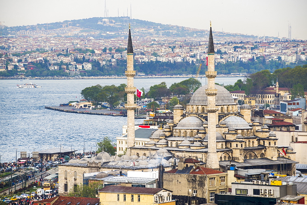 New Mosque (Yeni Cami) with Bosphorus Strait behind, Istanbul, Turkey, Europe