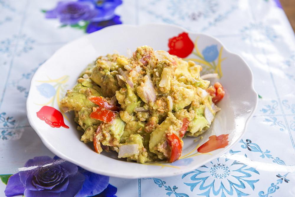 Traditional Burmese avocado salad, Inle Lake, Shan State, Myanmar (Burma), Asia
