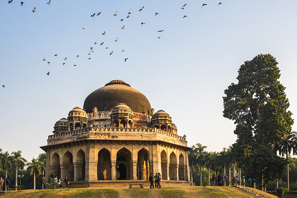 Tomb of Muhammad Shah, Lodi Gardens (Lodhi Gardens), New Delhi, India, Asia - 1109-3181