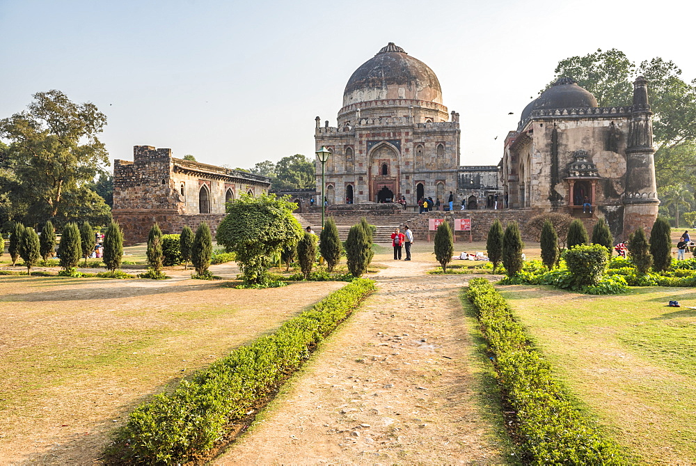 Bara Gumbad and Mosque, Lodi Gardens (Lodhi Gardens), New Delhi, India, Asia - 1109-3183