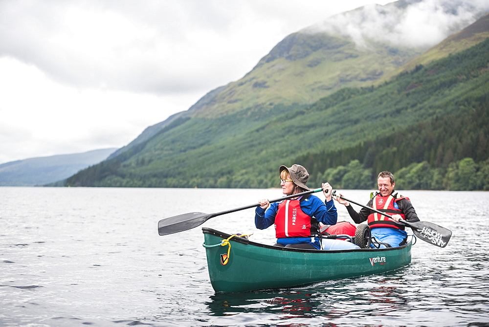 Canoeing Loch Lochy, part of the Caledonian Canal, Fort William, Scottish Highlands, Scotland, United Kingdom, Europe