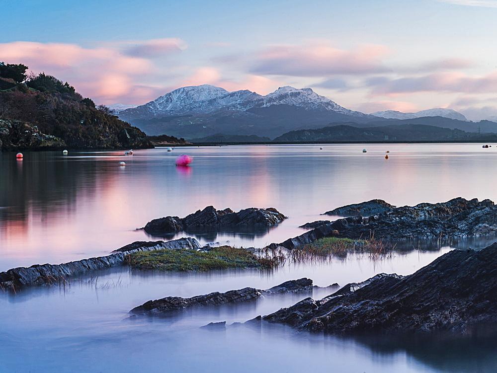 Borth Y Gest Beach at sunrise, Snowdonia National Park, Gwynedd, North Wales, Wales, United Kingdom, Europe