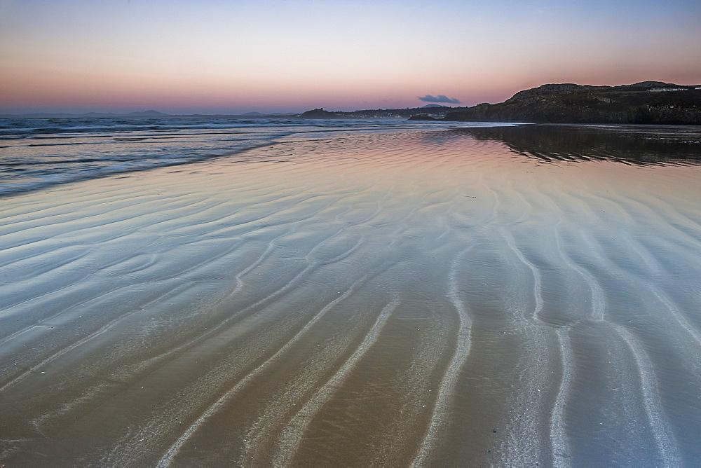 Black Rock Sands Beach at sunrise, near Porthmadog, Gwynedd, North Wales, Wales, United Kingdom, Europe