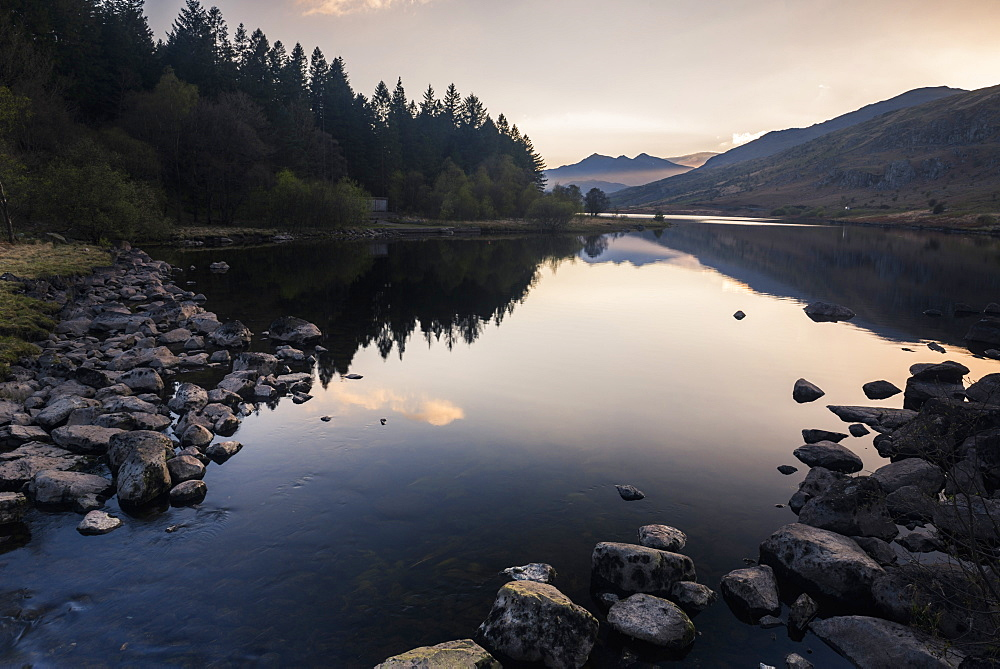 Llynnau Mymbyr Lake at sunset, Capel Curig, Snowdonia National Park, North Wales, United Kingdom, Europe
