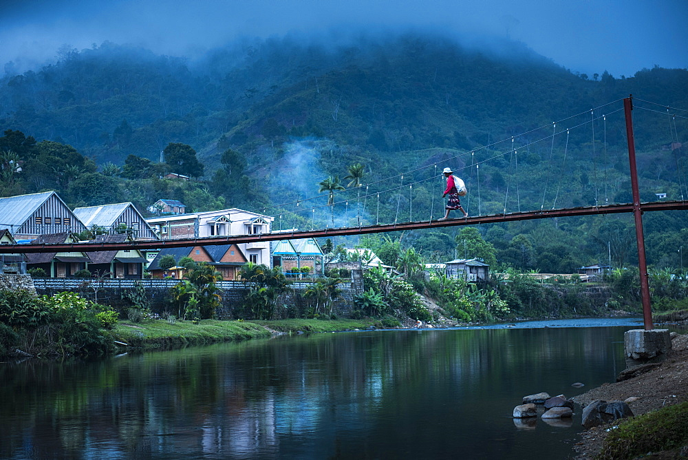 Namorona River on a misty morning at dawn, Ranomafana, Haute Matsiatra Region, Madagascar, Africa - 1109-3575