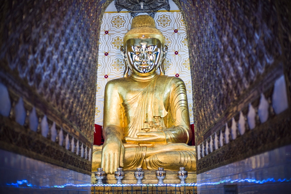 Gold Buddha statue at a Buddhist Temple at Inle Lake, Shan State, Myanmar (Burma) - 1109-3652
