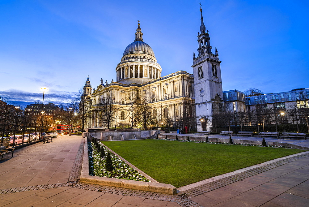 St Pauls Cathedral at night, City of London, London, England - 1109-3743
