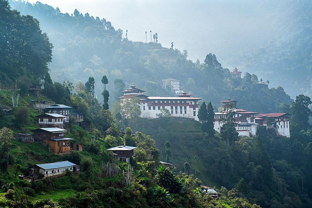 Trongsa Dzong, Trongsa, Bhutan, Himalayas, Asia - 1111-100