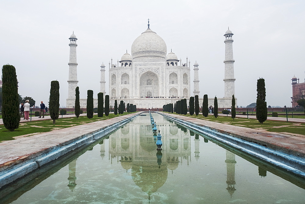 Taj Mahal, an ivory-white marble mausoleum, south bank, Yamuna River. - 1111-57