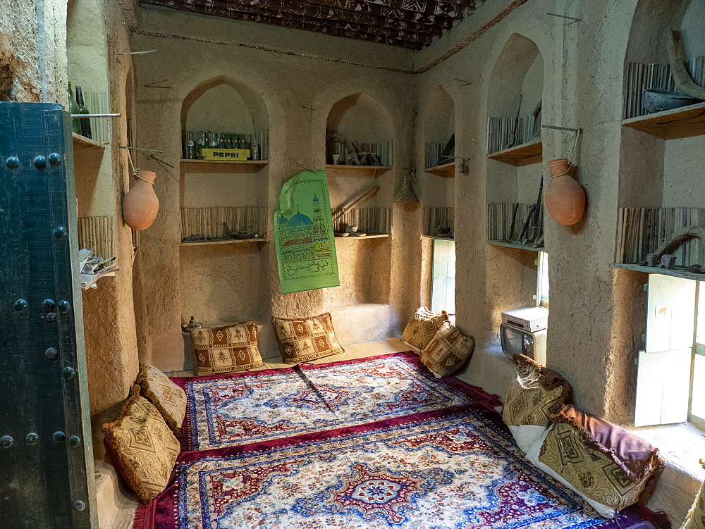 Interior view of a classic mud construction house in Bait Al Safah, Al Hamra, Sultanate of Oman, Middle East