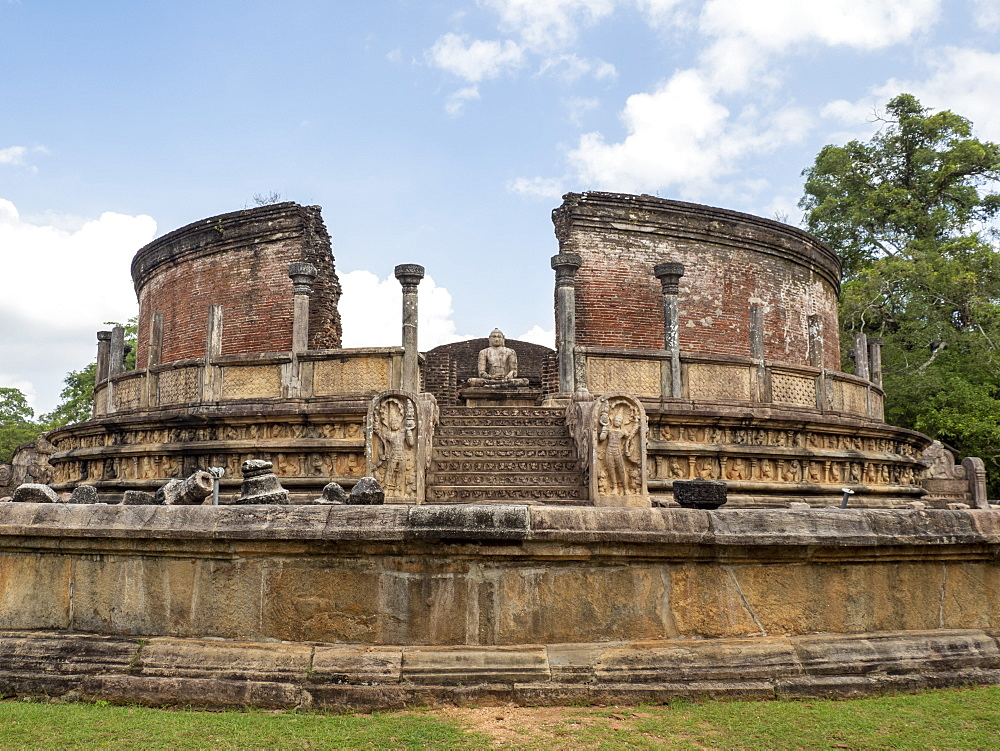 The Polonnaruwa Vatadage dating back to the Kingdom of Polonnaruwa, UNESCO World Heritage Site, Sri Lanka, Asia