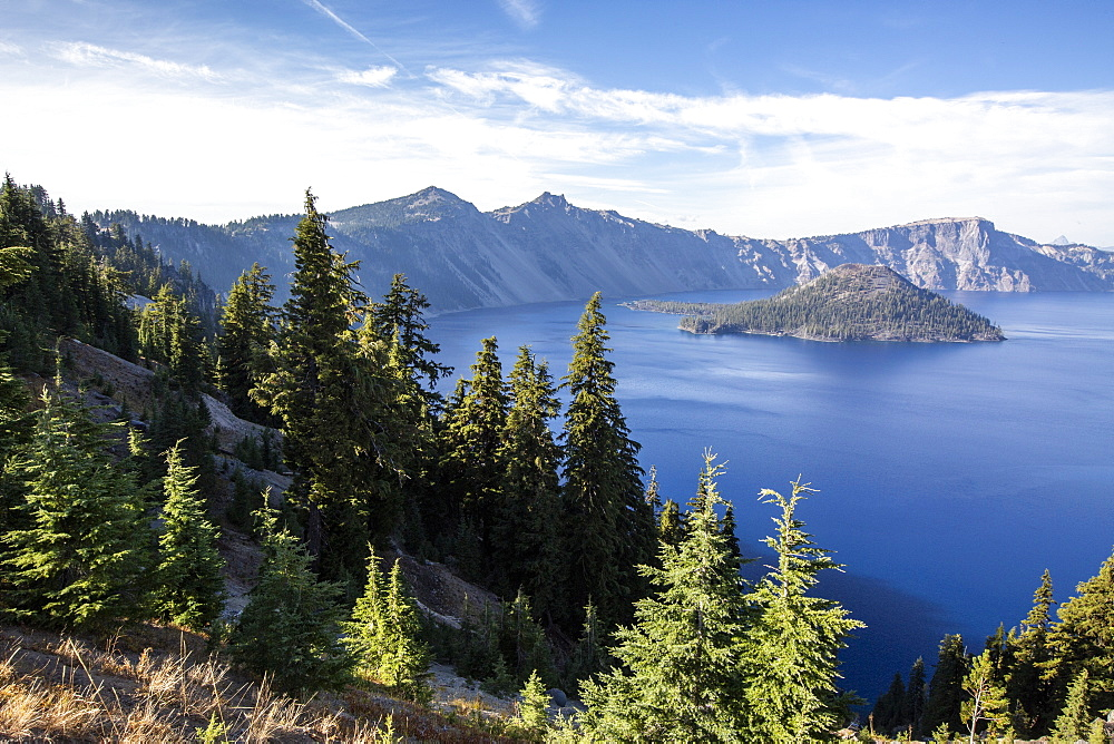 Wizard Island in Crater Lake, the deepest lake in the United States, Crater Lake National Park, Oregon, USA.
