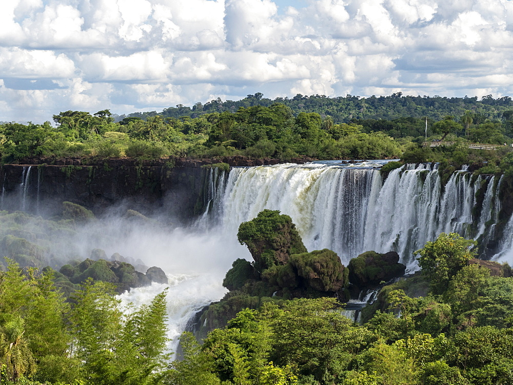View of Iguazú Falls taken from the upper circuit boardwalk, Misiones Province, Argentina. - 1112-5101