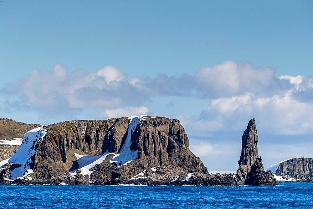 Basalt pinnacle and cliffs in English Strait in the South Shetland Islands, Antarctica, Polar Regions - 1112-5809