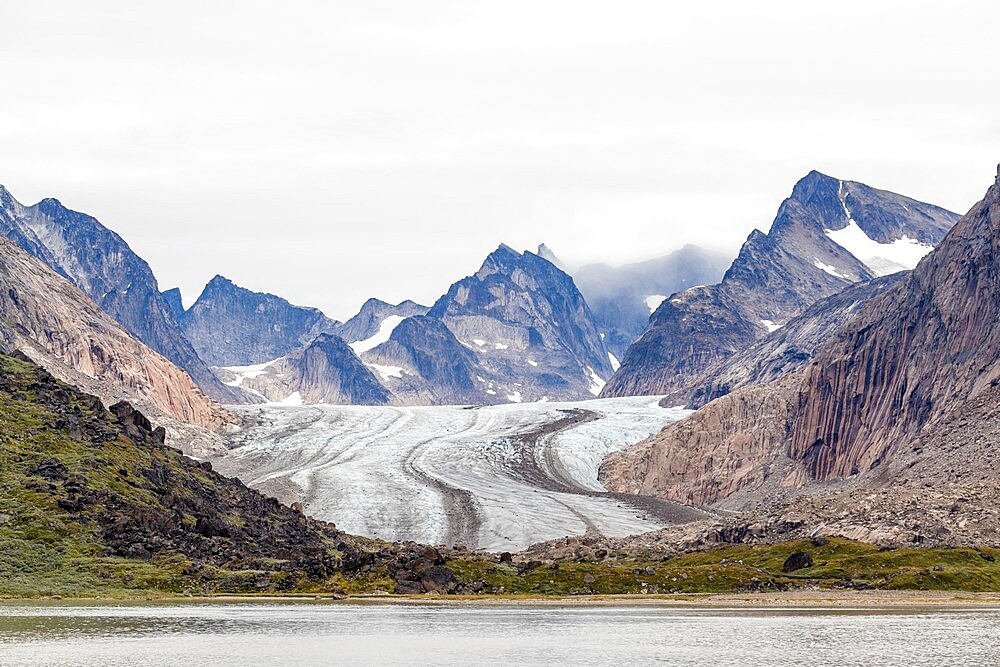 The tidewater Igdlorssuit Glacier reaching down to the sea, Prins Christian Sund, Greenland, Polar Regions - 1112-5852