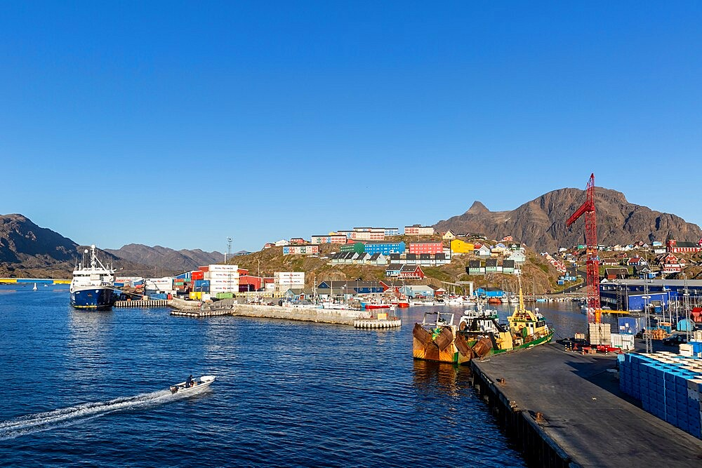The harbor in Sisimiut, in Danish Holsteinsborg, on Davis Strait, the second-largest city in Greenland, Polar Regions - 1112-5867