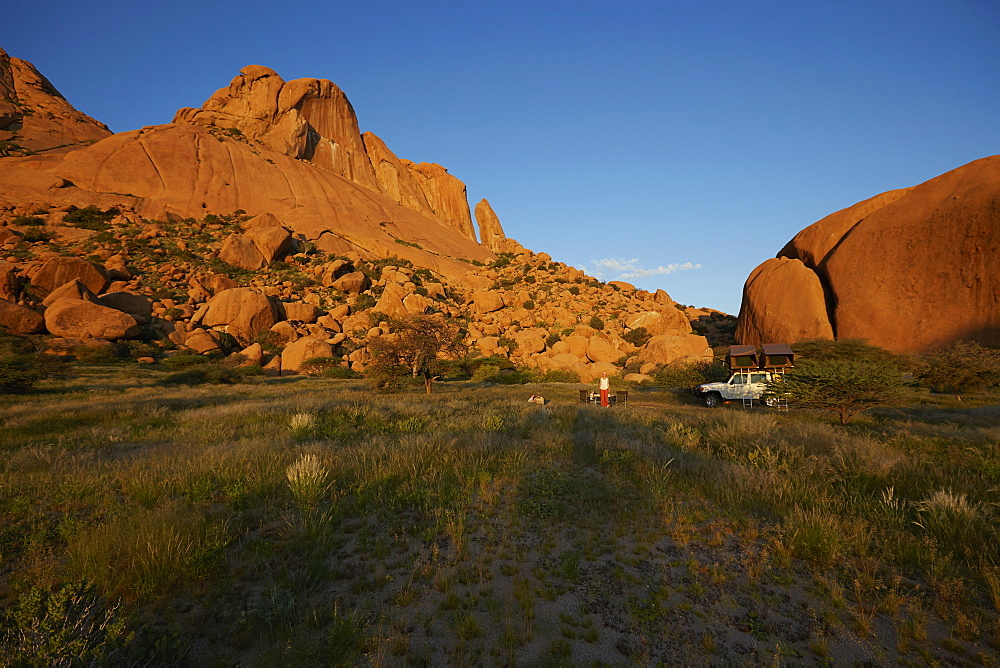 Family camping at the bottom at mount Spitzkoppe, Damaraland, Namibia, Africa - 1113-104834