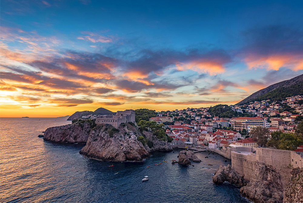 View of Fort Lovrjenac at sunset, Dubrovnik, Dubrovnik-Neretva County, Croatia