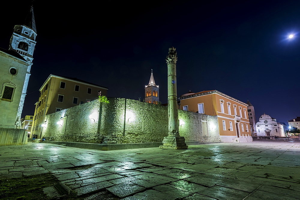 The Pillar of Shame at the Roman Forum at night, Zadar, Croatia