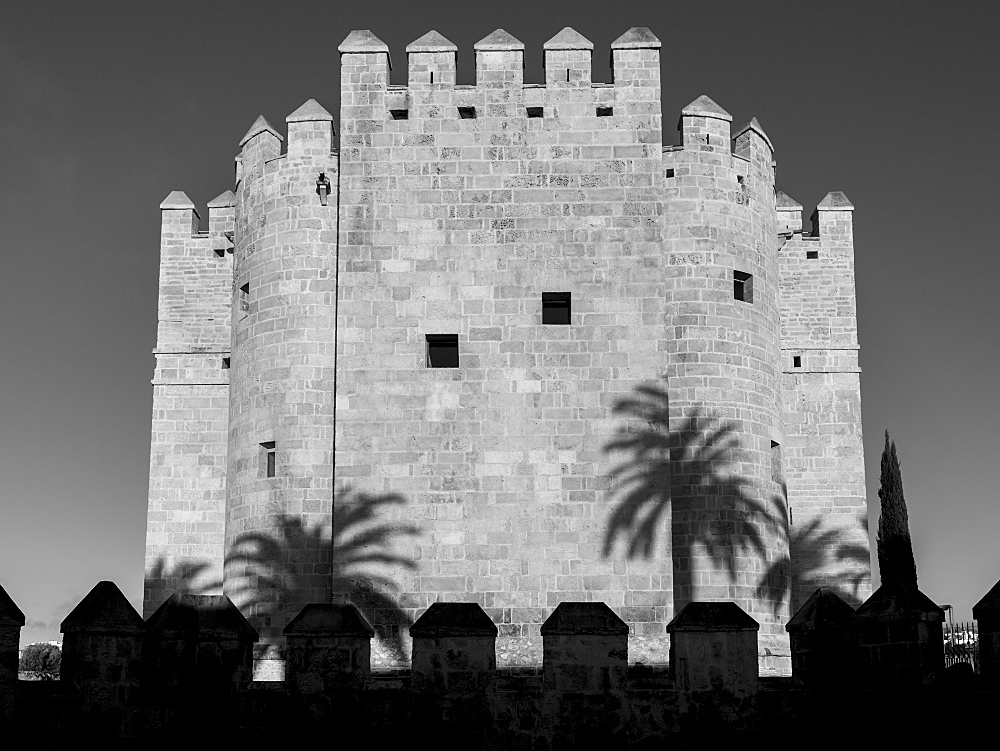 The Calahorra tower, a fortified gate in the historic centre of Córdoba, Cordoba, Andalusia, Spain