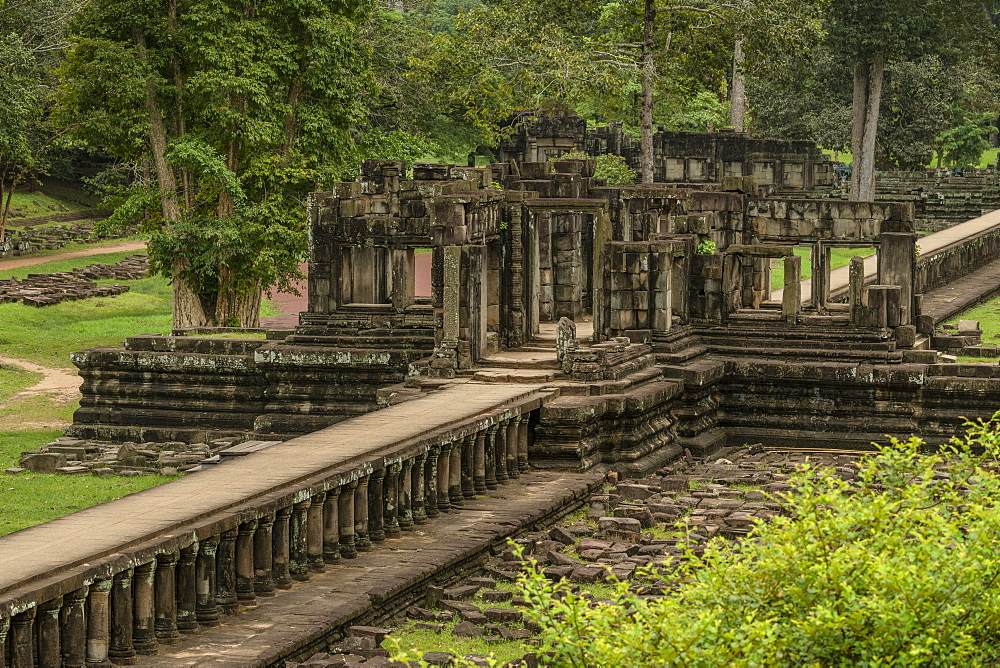 Stone causeway leads to ruined Baphuon temple, Angkor Wat, Siem Reap, Siem Reap Province, Cambodia