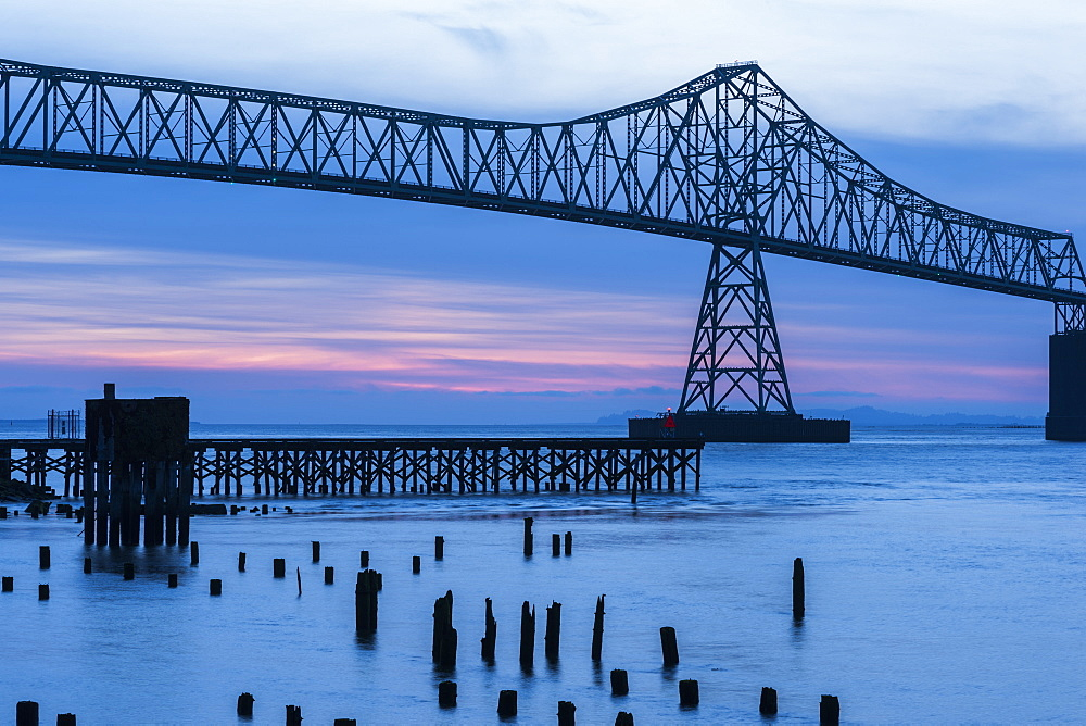Dusk descends at the Astoria-Megler Bridge, Astoria, Oregon, United States of America