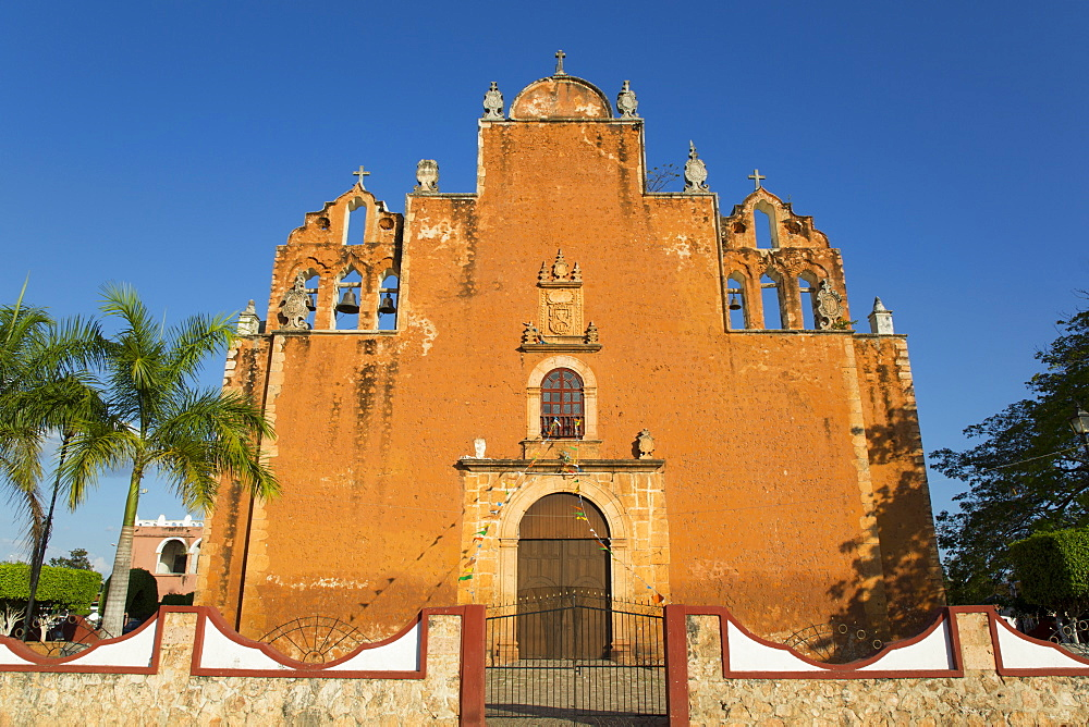 Church of San Juan Bautista, founded in 1609, Tekax, Yucatan, Mexico
