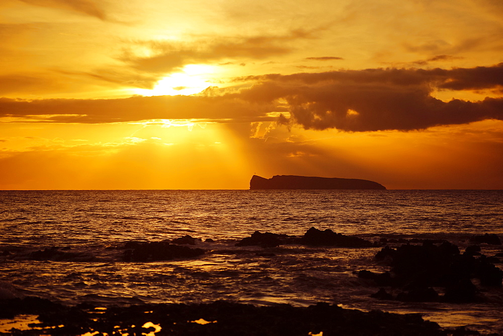 Maui sunset, Kahoolawe in distance, Wailea, Maui, Hawaii, United States of America