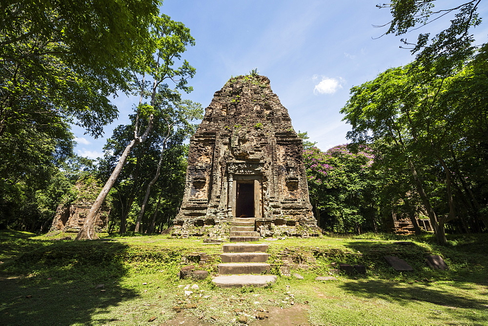 Tower in Prasat Yeah Puon, the South Group, Sambor Prei Kuk, Kompong Thom, Cambodia
