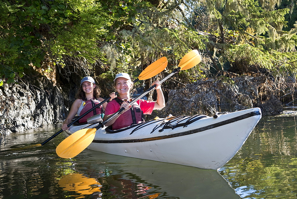 Kayaking in Clayoquot Sound, Vancouver Island, Tofino, British Columbia, Canada