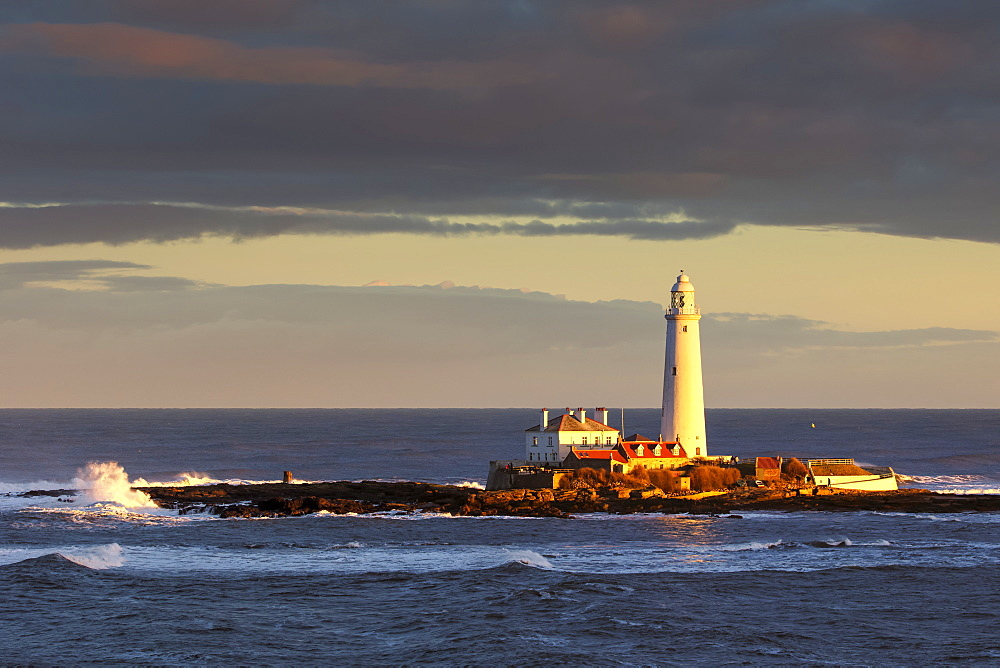 St. Mary's Lighthouse on St. Mary's Island, Whitley Bay Whitley Bay, Tyne and Wear, England