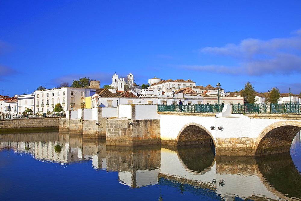 Roman Bridge, Tavira, Eastern Algarve, Algarve, Portugal, Europe