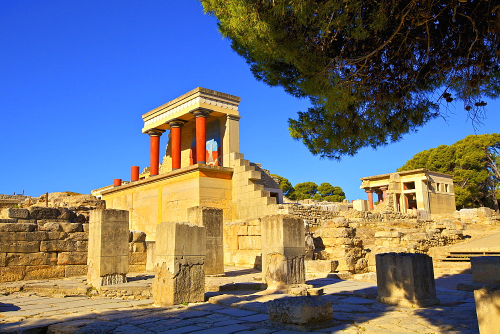 The Minoan Palace of Knossos, Knossos, Heraklion, Crete, Greek Islands, Greece, Europe - 1126-1572