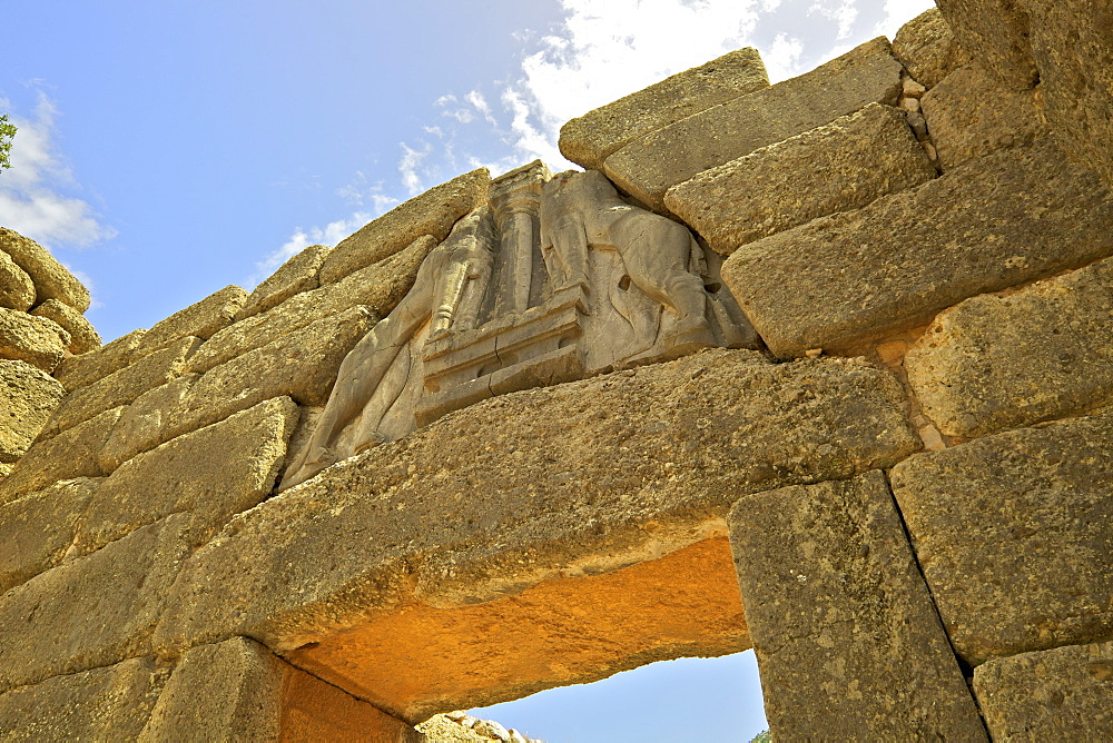 The Lion Gate, Mycenae, UNESCO World Heritage Site, Argolis, The Peloponnese, Greece, Europe - 1126-1673