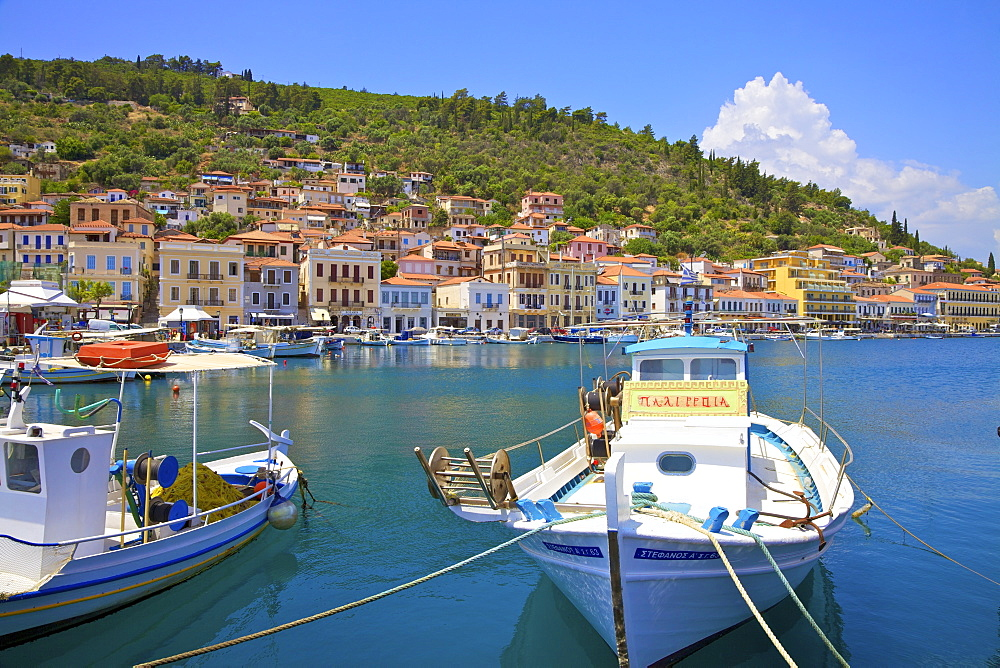Gytheio, Mani Peninsula, The Peloponnese, Greece, Europe
