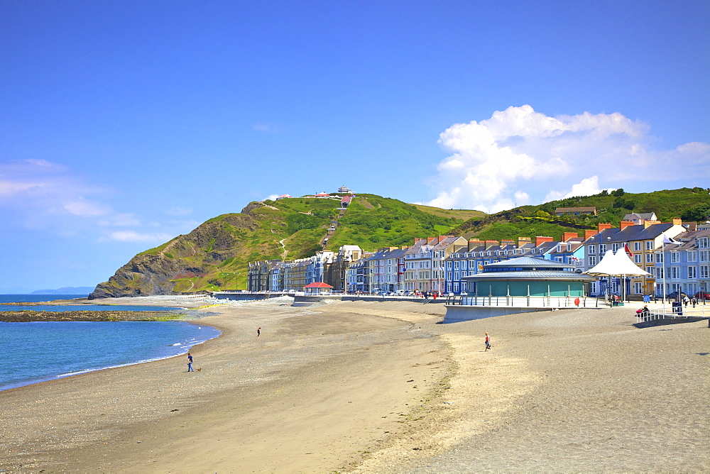 The Beach and Promenade at Aberystwyth, Cardigan Bay, Wales, United Kingdom, Europe