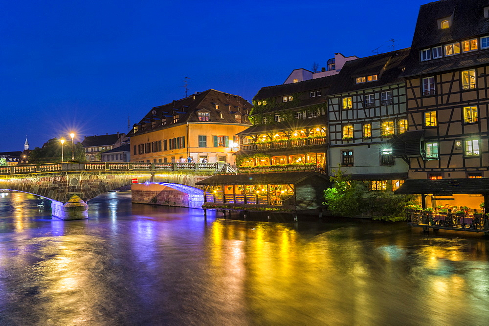 Ill canal at night, Strasbourg, Alsace, Bas-Rhin Department, France, Europe - 1131-1040