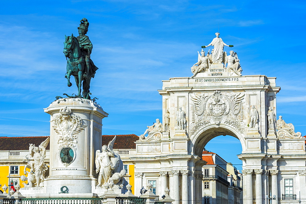 Praca do Comercio square, King Jose I Equestrian Statue and Augusta Street Triumph Arch, Lisbon, Portugal, Europe
