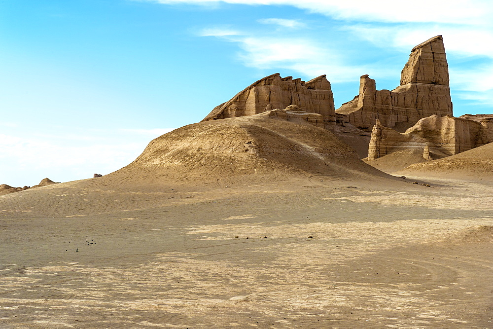 Dasht-e Lut (Lut desert), rock formations called Kalut, World's hottest place, Kerman Province, Iran, Middle East