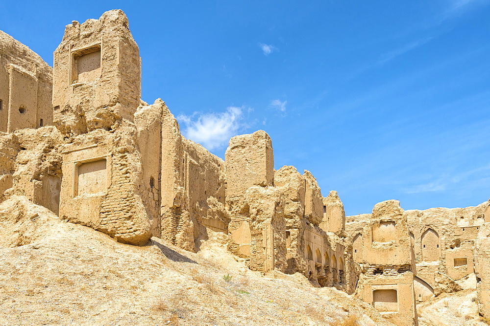 Ruins of Qatruyeh castle, Qatruyeh, Fars Province, Iran, Middle East - 1131-1409